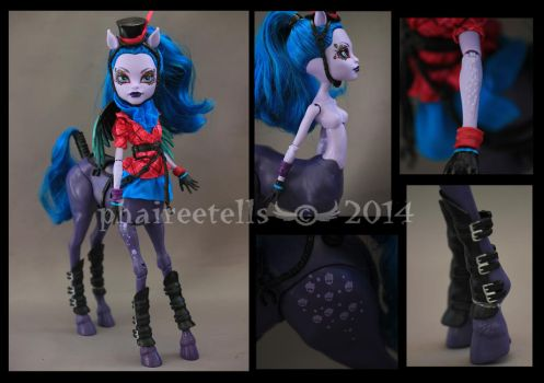 Monster High Freaky Fusion Avea Trotter details by phairee004