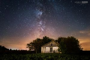 Milky way and the abandoned house by NorbertKocsis