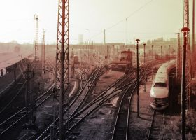 Red Rails by Musterkatze
