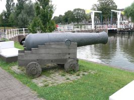 Cannon 2 by empty-paper-stock
