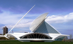 Milwaukee Art Museum by TomWilcox