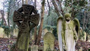 Highgate Cemetery VI by sonicdevil93