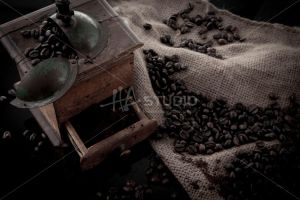 Coffee beans by Hastudio