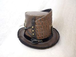 Brown leather Top Hat by Serata