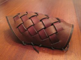 Weaved leather armguard by Nayberg