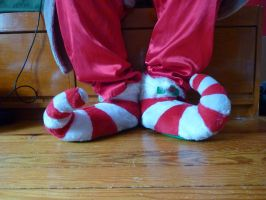 Curly-toed elf slippers by ExileLink