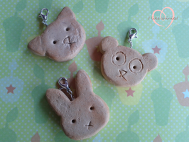 Animal cookie charms by ilikeshiniesfakery