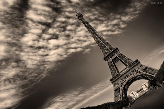 The Eiffel Tower by BenHeine