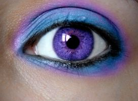 Purple eye by asdfgfunky