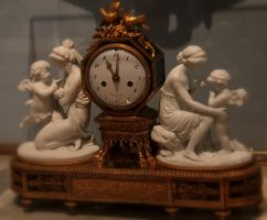 contently keeping time by SocialCrabPhoto