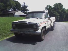 79 Jeep J10 PJ by Steven304