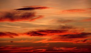 Where the skies are burning... by cichutko