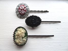 Collection of 3 bobby pins 2 by Lincey