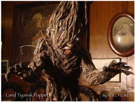 Creature effects and puppetry by atongwali
