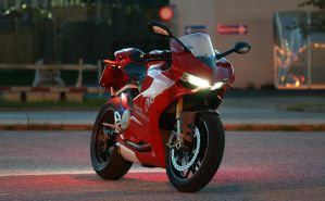 Ducati 1199 PanigaleS (05) by StyrianMichael