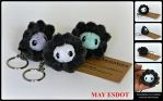 Clam and Pearl Plush Oyster Key Chain by MayEsdot
