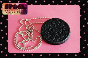 Oreo necklace by Haszynka