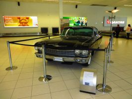 1960 Cadillac Sedan De Ville by ryanthescooterguy