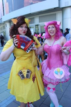 wondercon 2017 - pinkie pie and cheese sandwitch by antshadow13