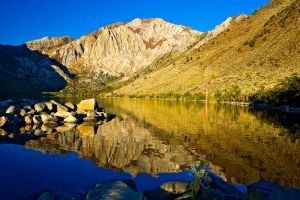 Morning at Convict Lake by shubat