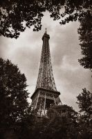 eiffeltower part 2 by Finvara