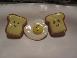 Toast and Egg Magnet by SugiAi