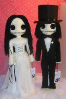 Calavera Bride and Groom Dolls by Zosomoto