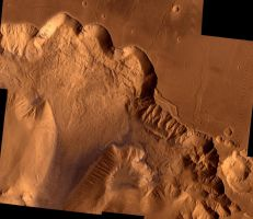 Ophir Chasma by jswis