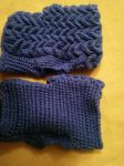 Dragonscale Fingerless mittens by Moon-Crafter