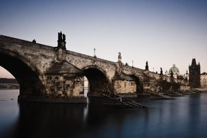 Dusk on Charles Bridge by TrollDuNord