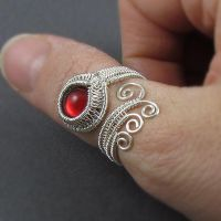 Red Glass Adjustable Ring by sylva