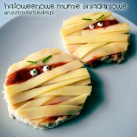 halloween breakfast mummies by Pokakulka