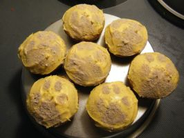 Wolf Paw Cupcakes by Daughter-Of-Wolves