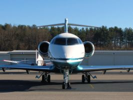 Challenger 300 Face-to-Face by InDeepSchit