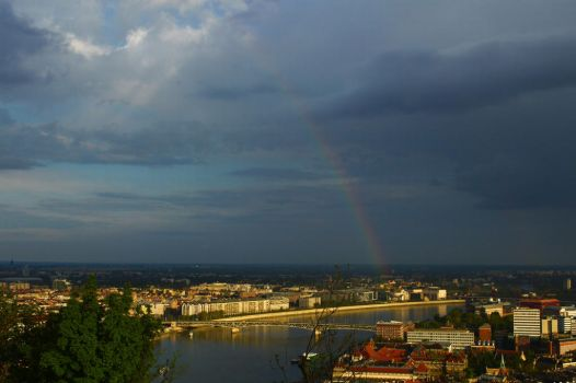 Rainbow over the Danube by buffyka