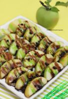 Caramel Apple Nachos by theresahelmer