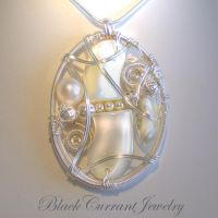 Mother of Pearl Pendant by blackcurrantjewelry
