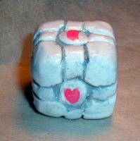 companion cube by angelicgem
