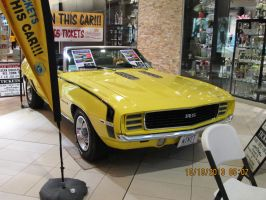 nice car i saw in the mall pic 1 by catsvsfox