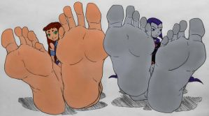 Starfire And Raven's Feet (By Murari2882) by SonicTemperance