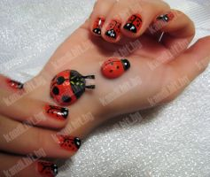 Lady-Bird nails by xzibitka