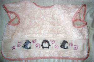 Penguins on bib by Vetriz