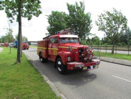 swedish fire truck 1 by damenster