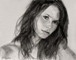 Pencil Drawing: Mischa Barton by SHParsons