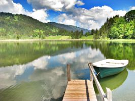 Lauenensee by Astrantia01