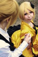 Rin and Len Kagamine (Servent of evil) by Winry-or-Haku