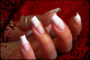 french manicure by Tartofraises