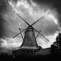 Wind Mill by MichiLauke