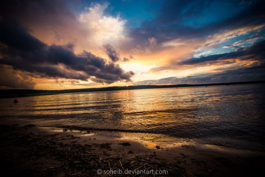 The Golden Lake by soheib