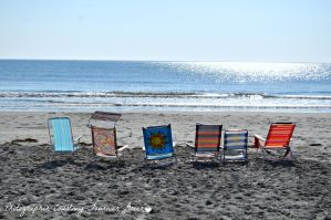Beach chairs by Corerawrasaur